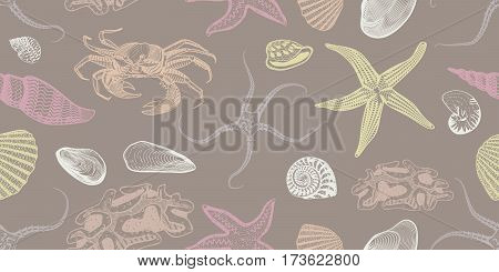 Colorful sketch underwater seamless pattern with seashells crab starfish mollusks snail vector illustration