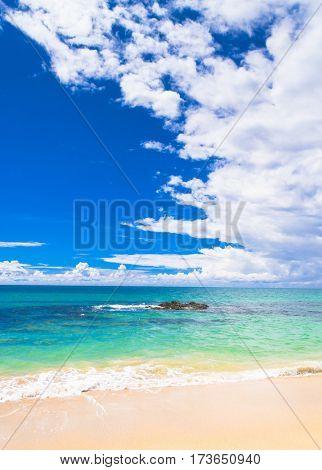 Remote Resort Sunshine Surf