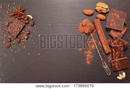 Chocolate Pieces, Cocoa Powder, Cinnamon, Almonds, Filbert, Anise Star