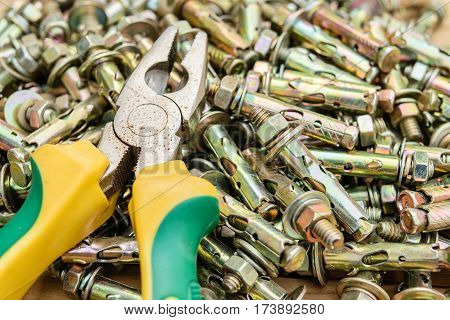 pliers and concrete anchor bolt high strength