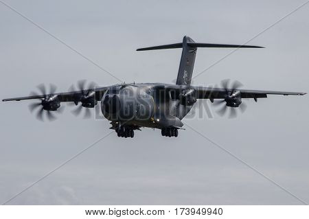 German Luftwaffe A400 Landing