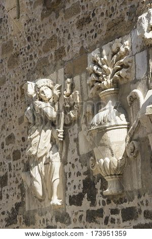 Leon (Castilla y Leon Spain): exterior of the medieval cathedral in gothic style