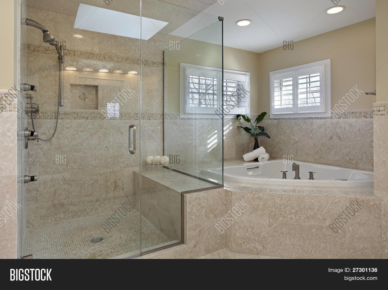 Modern Master Bath Image & Photo (Free Trial) | Bigstock
