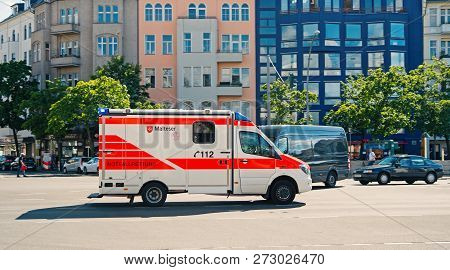 Berlin, Germany -may 31, 2017: Medical Department Service Car. 112 Is The Single European Emergency