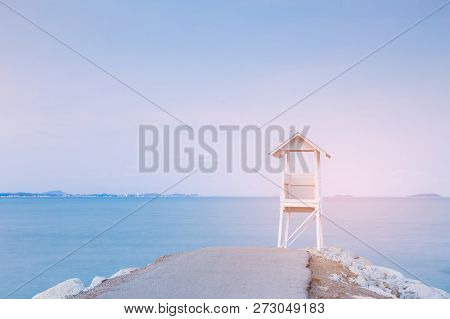 White Lifeguard Stand With Sea Coast Skyline, Natural Landscape Background
