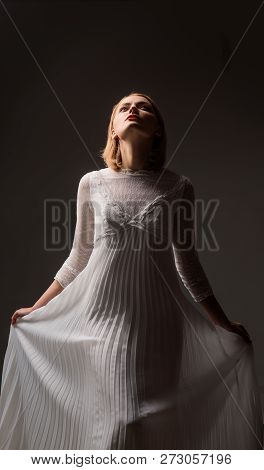 Silhouette Of Retro Blonde Lady In Fashionable White Dress. Beauty, Fashion. Sexy Woman In Lace Whit