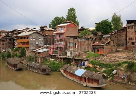 Living In Srinagar, Kashmir