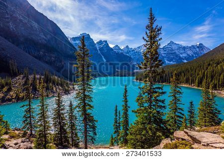 Lake Moraine, most beautiful lakes in the world. It is located in the Valley of the Ten Peaks in Banff. The concept of ecological, photographic and active tourism