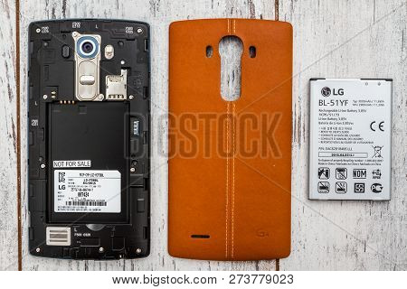 Eskisehir, Turkey - May 31, 2015:  Rear View Of Lg G4 With A Protective Back Cover Open