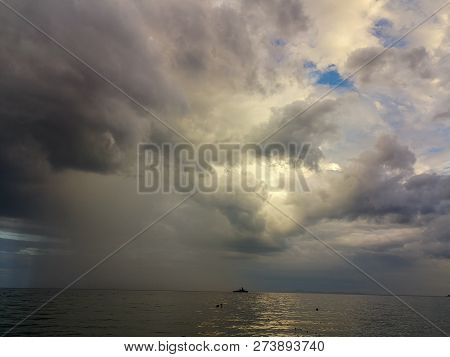 Cloud Sky Water Sea Horizon Storm Over Beauty In Nature Scenics Overcast Dramatic Tranquility Thunde