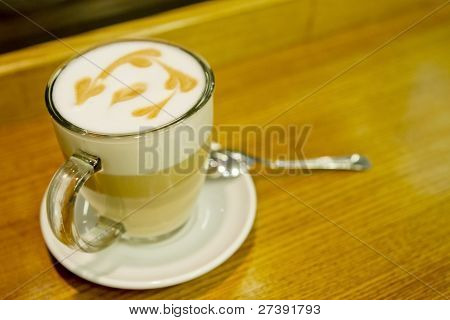 coffee latte macchiato glass foam pattern