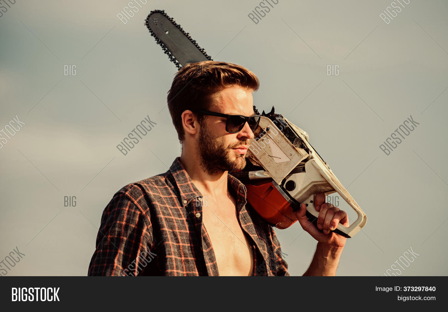 Brutal And Sexy Worker. Men Brutality And Sexuality. Job For Real Men. Sexy Man Sky Background. Comf