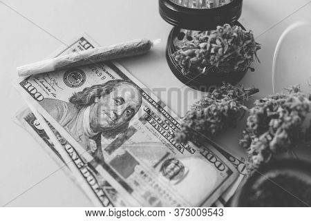 Sativa Thc Cbd. Joint Weed. Marijuana Weed Bud And Grinder. Money Weed. Indica Medical Health.