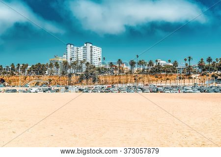 View Of The Beach Of Santa Monica And The Pacific Ocean. Suburbs Of Los Angeles.