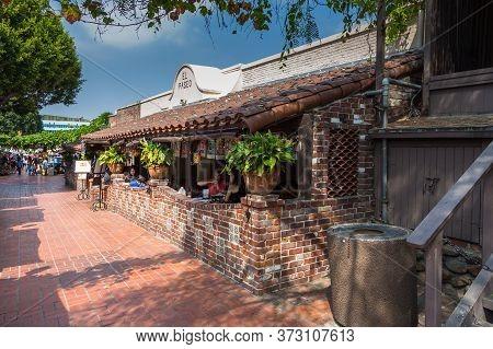 Los Angeles, California, Usa- 11 June 2015: View Of The Restaurant El Paseo At Olvera Street, In El