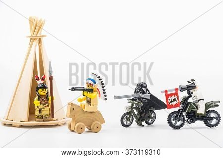 Bangkok, Thailand - April, 29, 2020 : Lego Star Wars Riding A Chase Shot Lego Indians On A White Bac