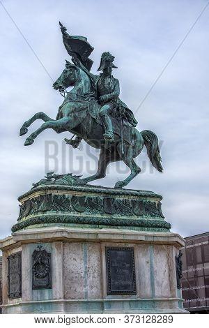 Vienna, Austria - 30.12.2017  Equestrian Statue Of Archduke Karl On The Heldenplatz Opposite The Hof