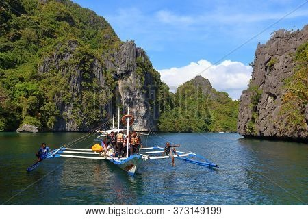 Palawan, Philippines - December 1, 2017: People Enjoy Island Hopping Tour In Palawan, Philippines. 6
