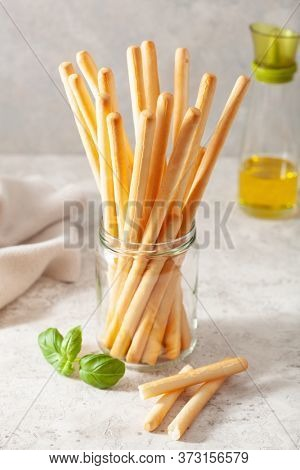 grissini crispy italian bread sticks