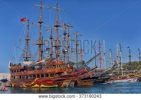 Kemer, Turkey - 11,08,2017 Tourist Pirate Ships In The Port Of Kemer