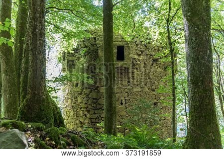 Ruin Falkenstein In The Rannatal Near Hofkirchen, Castle Ruin Austria