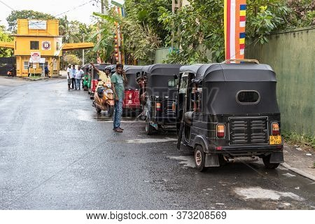 Galle, Sri Lanka - February 17th, 2019: Queue Of Tuk Tuk Drivers Waiting For Passengers Outside The