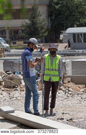 Surveyors Participate In The Construction Of The Subway.24.06.2020 Tashkent, Uzbekistan