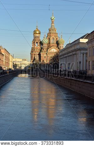 Russia, St. Petersburg, 29,12,2015 Griboedov Canal And The Savior On Blood