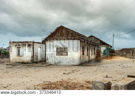 Andavadoaka, Madagascar - January 13th, 2019: Rustic Construction On A Sandy Road In Andavadoaka, Ma