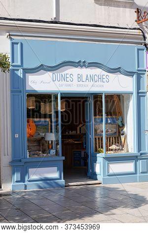 Bordeaux , Aquitaine / France - 01 15 2020 : Dunes Blanches Chez Pascal Logo Sign Store Bakery Shop