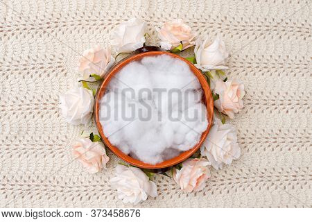 Knitted Rug And Flower Nest For Newborn Photography.