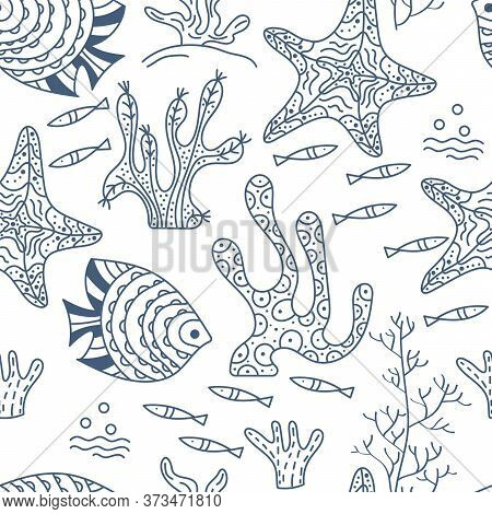 Seamless Pattern. Sea Floor, Underwater World. Fish And Seaweed On A White Background. Hand Drawing