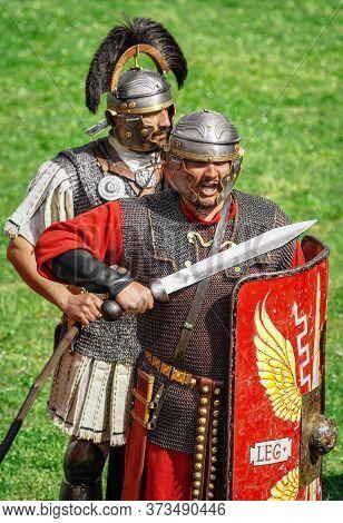 Legionnaires Of Legio Xiii Gemina