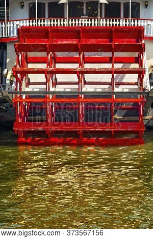 Paddle Wheel Steamboat Riverboat Mississippi River New Orleans Louisiana.  One Of The Last Sternwhee