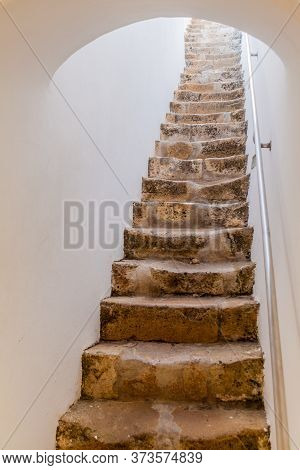 Narrow Stairway Of The Cathedral Of Faro Se De Faro , Portugal