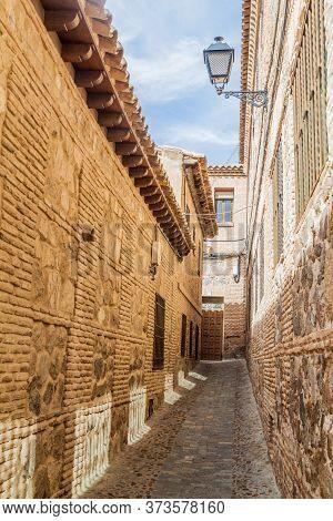 Narrow Street In The Jewish Neigborhood Of Toledo, Spain