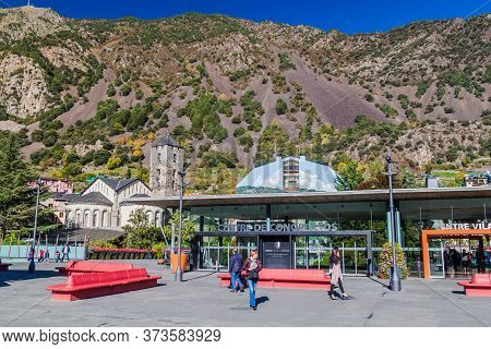 Andorra La Vella, Andorra - October 28, 2017: Centre De Congressos And Sant Esteve Church In Andorra