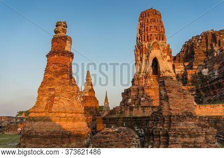 Temple Of The Great Relics Ruins In Ayutthaya Historical Park. Ancient Ruins Of Thailand Great Templ
