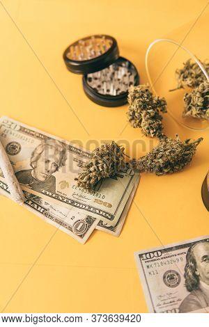 Money Weed. Marijuana Weed Bud And Grinder. Indica Medical Health. Marijuana Bud And Banknotes Of Do