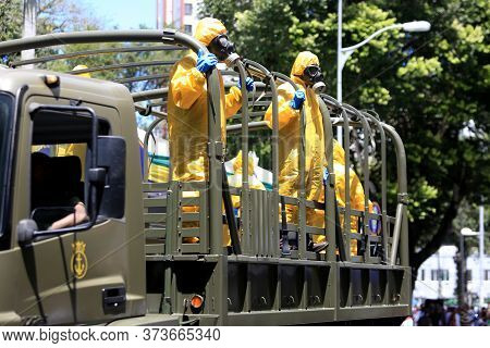 Salvador, Bahia / Brazil - September 7, 2016: Militants From The Brazilian Navy Are Seen Wearing Pro
