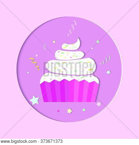 Lover Cupcake For Valentine's Day. Cupcake Decorated With Colorful Circle Background Design For Birt