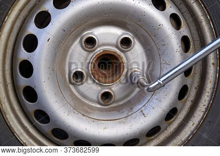 Dismantling, Mounting A Car Wheel To Replace Tires Or Replace Brakes On An Old Car. Self-changing Ti