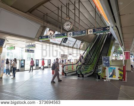 Siam Bts Station Bangkok Thailand-24 June 2020:bts Station In The Heart Of Bangkok's Commercial And