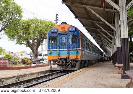 Lampang Thailand : June 20, 2020:- The Train Stops At Train Stations For Passengers Traveling In Tha