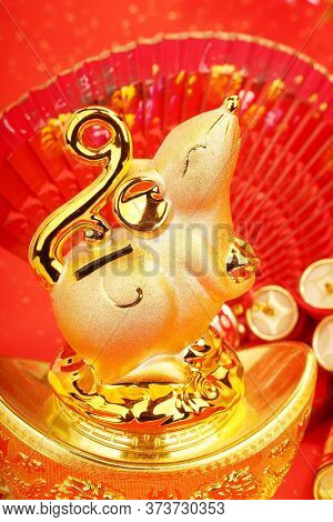 Tradition Chinese golden rat statue rat,2020 is year of the rat,Chinese characters on decoration translation: good bless for new year.