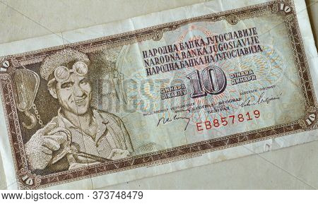 Obverse Of 10 Dinars Paper Bill Issued By Yugoslavia, That Shows Portrait Miner