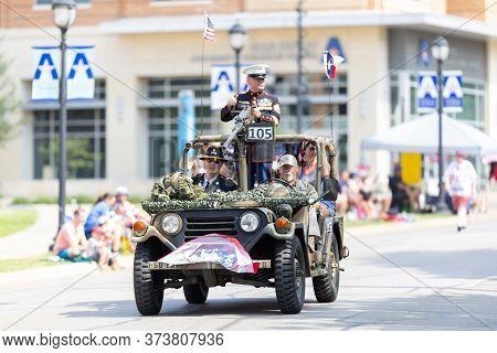 Arlington, Texas, Usa - July 4, 2019: Arlington 4th Of July Parade, Members Of The United States Mil