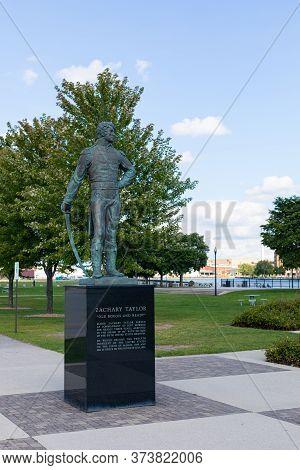 Green Bay, Wisconsin, Usa - September 1, 2019: Sculpture Of Major Zachary Taylor, Former President O