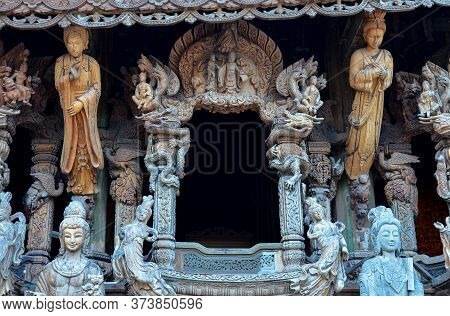 Pattaya, Thailand - 25 01 2015 - Details Of Sanctuary Of Truth Temple Prasat Satchatham ,handmade Re