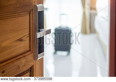 Digital Door Handle Or Electronics Knob For Room Security, Wooden Door Opening With Luggage And Room
